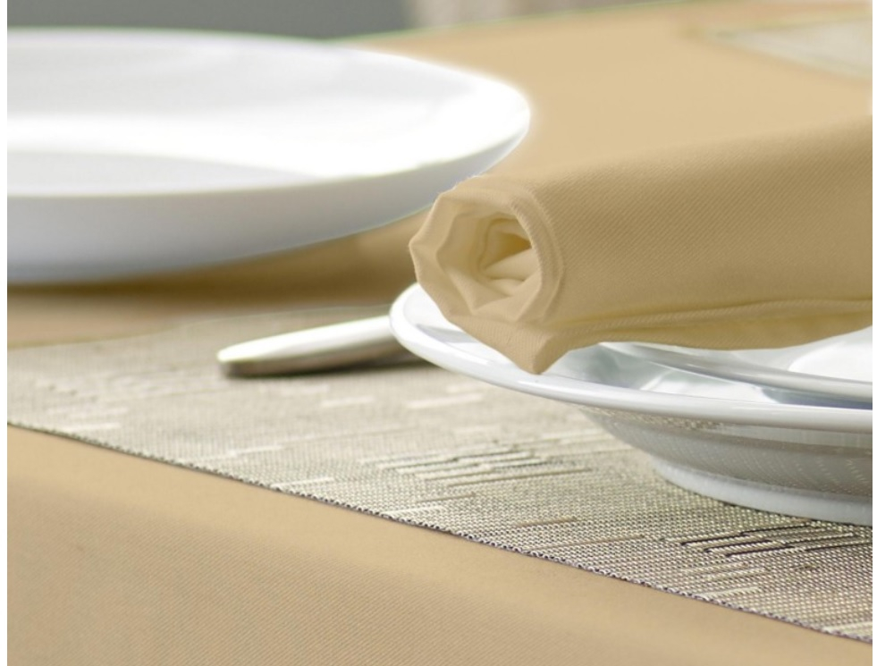 Alpha Plain Table Cloth 137x137 - Ivory
